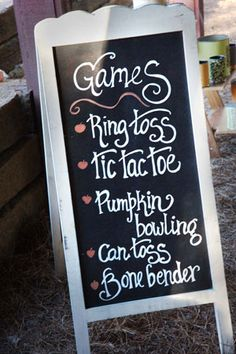 I love the idea of games at the reception! I always find them boring.