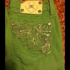 """""""MISS ME"""" PEPPERMINT JEANS """"MISS ME"""" PEPPERMINT JEANS- 98% COTTON/ 8% T-400/ 2% ELASTANE (28X32) used once - new condition Miss Me Pants"""
