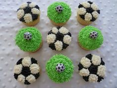 I think this is my new tradition of bringing cupcakes when it& our turn for snack after Ethan& soccer game. I know it& not a healthy on. Soccer Treats, Soccer Snacks, Sports Snacks, Soccer Ball Cake, Football Cupcakes, Cupcake Cake Designs, Cupcake Cakes, Soccer Birthday Parties, Soccer Party