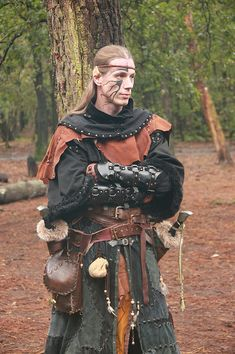 elf Medieval Costume, Medieval Armor, Medieval Fantasy, Larp, Character Inspiration, Character Design, Character Reference, Elf Costume, Elf Cosplay