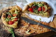 The Spoon and Whisk: Garlic Pesto, Tomato and Courgette Pizzettes