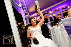 Wedding games at The Landing at Dockside Brisbane | G&M DJs | Magnifique Wedding Lighting #gmdjs #magnifiqueweddings #thelandingatdockside @gmdjs