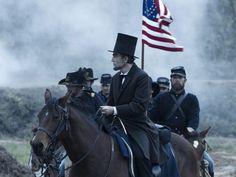 Schauspieler Daniel Day-Lewis als US-Präsident Abraham Lincoln: Hochgelobte Darstellung (picture alliance / dpa /David James / Smpsp / Dreamworks)
