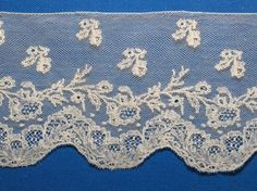 Mechelse Kant & Kant in Mechelen Types Of Lace, Lacemaking, Linens And Lace, Bobbin Lace, Lace Knitting, Vintage Lace, Old And New, Lace Shorts, Ribbon