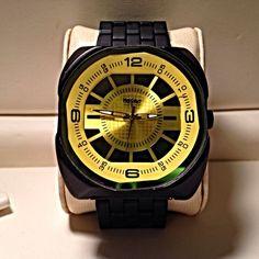 Men's Quartz Black/Yellow Mossimo Watch