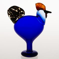 "OIVA TOIKKA - Glass bird ""Juhlakukko"" for Nuutajärvi, Birds by Toikka 25 years anniversary, Finland. Glass Design, Design Art, Yves Klein Blue, Glass Birds, Finland, Modern Contemporary, Fabric Design, Glass Art, Retro Vintage"