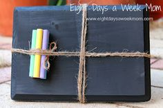 Easy handmade gifts for toddlers. You can put these together in 30 minutes!