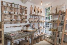 zinc butcher's sink - Workshop (housewares shop) in Brighton, England Showroom Design, Shop Interior Design, Interior Paint, Store Design, Shampoo Diy, Paris Atelier, Soap Shop, Shop Window Displays, Home Organization