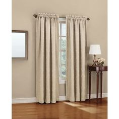 Mix style and efficiency with this energy saving blackout curtain.