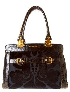 595 Best Bags images   Wallet, Fashion handbags, Satchel handbags d7c583e034d