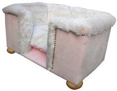 <3 dog bed <3