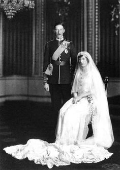 The wedding of Princess Mary and Viscount Lascelles (1922)