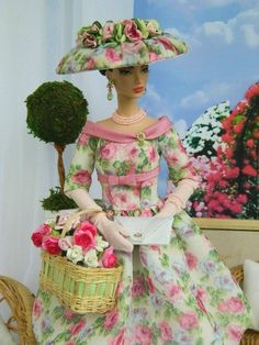 Barbie Fashion by Joby Originals  I would have made the hat white with accents of the dress fabric.  Love the dress