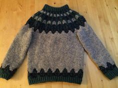 Handknitted Icelandic jumper