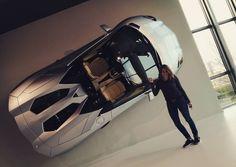 Lui: sei bellissima! Lei: amore ma stai parlando con la macchina?!?! #luxurycars #sportcar #lamborghiniaventador #lamborghini #instacar #aventador #supercars #italian #speed #cabrio #caronthewall #museum #me #beautifull #amaizing #afternoon