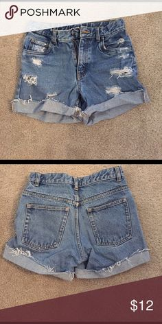 Shorts Size says 10H- not sure what that means but I would say size 0 Shorts Jean Shorts