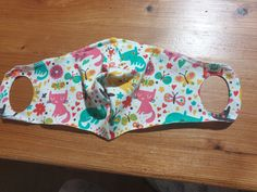 Sew the mouthguard yourself- Mundschutz selber nähen Sew the mouthguard yourself - Diy Mask, Diy Face Mask, Sewing Clothes, Diy Clothes, Easy Youtube, How To Attract Birds, Mouth Guard, Pocket Pattern, Homemade Face Masks