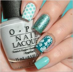 Turquoise patterned nails ~ super like.