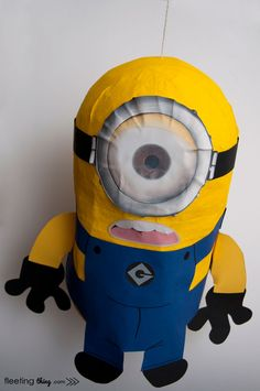 Minion Pinata, a good how to make your own. This site also has other do it yourself pinata ideas. Minion Pinata, Minion Theme, Minion Birthday, Despicable Me Party, Minion Party, 6th Birthday Parties, Birthday Ideas, Party Time, Crafty