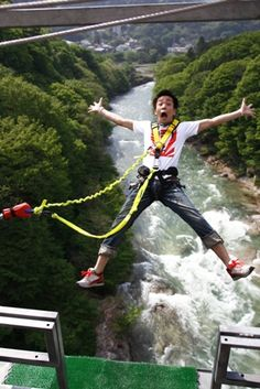 I have high hopes to mimic this, soon, very soon. Japan's only spot to bungee off a bridge, located in Minakami, Gunma (70min bullet train from Tokyo)