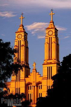 A igreja mais bonita da cidade com uma iluminação linda do pôr do sol - São Bento do Sul-SC