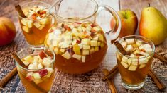 Celebrate the beginning of Autumn with this Apple Sangria Pitcher. Filled with wine, apple cider, apples, and a splash of brandy. Apple Cider Cocktail, Cider Cocktails, Caramel Apple Sangria, Caramel Apples, Jewish Recipes, Spiced Apples, Punch Recipes, Drink Recipes, Pumpkin Pie Spice