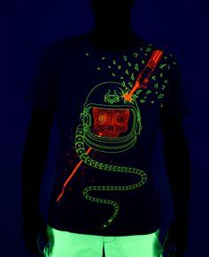 734308efb279 29 Best Creative T-Shirts images