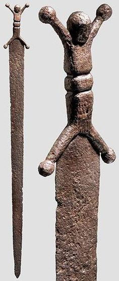 Celtic long sword with anthropomorphic hilt   (e. Gaul - late 2nd/1st c. BC)