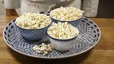 Kijk wat een handige video op Allerhande! Popcorn maken