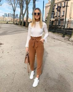 Women fashion Videos 2018 Dresses - - Women fashion Preppy Street Styles - Women fashion Night Out Going Out The Dress - - Women fashion Trends Winter Casual Work Outfits, Simple Outfits, Classy Outfits, Stylish Outfits, Semi Casual Outfit Women, Semi Formal Outfits For Women, Girly Outfits, Winter Fashion Outfits, Spring Outfits