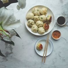 Pan-fried Pork Buns (Shengjian Bao 生煎包)
