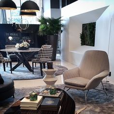 The other side of the suite.. @jokeroos in @minotti_spa at #moievipsummerparty2015 #minottijakarta featuring lights by @catellanismith and #nahoor