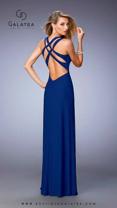 Shop long prom dresses and formal gowns for prom 2020 at PromGirl. Prom ball gowns, long evening dresses, mermaid prom dresses, long dresses for prom, and 2020 prom dresses. Pretty Outfits, Pretty Dresses, Sexy Dresses, Fashion Dresses, Formal Dresses, Celebrity Prom Dresses, Dressy Attire, Mermaid Dresses, Stunning Dresses