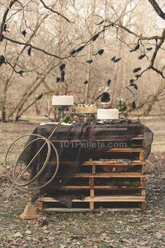 al fresco - pallet table Pallet Wedding, Diy Wedding, Dream Wedding, Wedding Day, Olive Wedding, Wedding Shoot, Wedding Stuff, Hunger Games, Brazilian Wedding