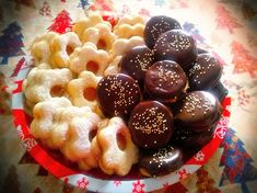 Egy finom Isler recept desszertnek? Kipróbált Isler recept recept a Süss Velem Receptek gyűjteményében! Nézd meg most!>> Homemade Sweets, Hungarian Recipes, Xmas, Christmas, Fruit Salad, Doughnut, Cereal, Mango, Pudding