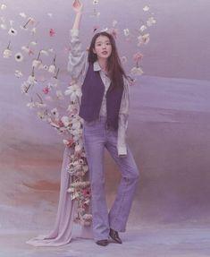 Girl Photo Poses, Girl Photos, Iu Fashion, Korean Actresses, Korean Celebrities, Types Of Dresses, Lady And Gentlemen, Korean Beauty, Photo Book