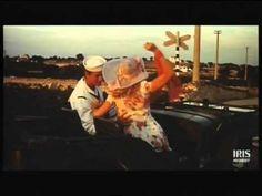 """Scene tratte dal film """"Polvere di stelle"""" di Alberto Sordi (1973)"""