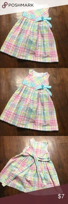 💐Ready for Spring 💐 Adorable Bonnie Jean toddler size 3t dress. Zipper and ties in back. Dress 60% Cotton 40% Polyester. Lining 65% polyester 35% cotton. Thank you for looking and for all likes and shares. Will consider any reasonable offer. I discount if bundle and I ship same day if purchased before 2pm Monday thru Friday and 10am on Saturdays. Bonnie Jean Dresses