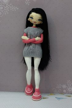 Diy Crafts - VK is the largest European social network with more than 100 million active users. Crochet Dolls Free Patterns, Crochet Doll Pattern, Doll Clothes Patterns, Amigurumi Patterns, Crochet Designs, Crochet Toys, Knit Crochet, Crochet Baby Booties, Knitted Dolls