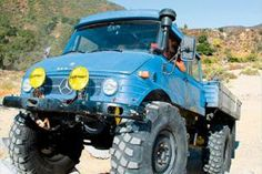 Check out this Craigslist find, a 1975 Mercedes-Benz Unimog 406 Doka U900 that's for sale!