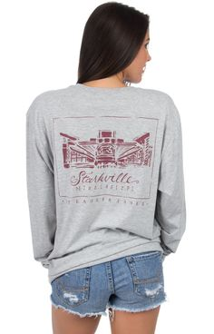 Davis Wade has never looked so good! We are crazy about our brand new stadium tees! It's the perfect tee to cheer on the BULLDOGS in this Fall! Models are wearing MEDIUMS! Features - 100% Combed Cotto
