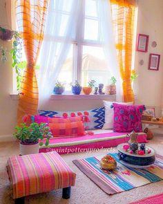 indian home decor New Stylish Bohemian Home Decor Ideas Home Decor Furniture, Home Decor Bedroom, Diy Room Decor, Living Room Decor, Diy Bedroom, Bedroom Furniture, Living Area, Art Decor, Indian Room Decor