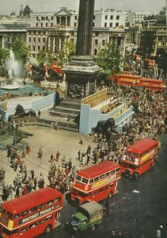 London, Trafalgar Square. National Geographic, September 1953.