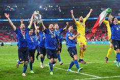 Soccer Players, Football Team, David Moyes, Making The Team, Robert Lewandowski, Different Sports, Goalkeeper, Cristiano Ronaldo, Olympics