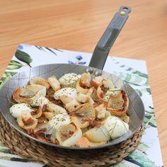 Volta i Volta Restaurant--Cocina mediterránea--Jávea/Xabia. Clofolls de cebolla dulce con anchoas y queso de cabra.