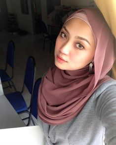 hijaber of the day Muslim Fashion, Hijab Fashion, Hijab Tutorial, Hijab Outfit, Casual Outfits, Style, Swag, Casual Clothes, Hijabs
