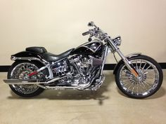 Harley-Davidson : Softail 2013 Harley Davidson FXSBSE CVO Breakout Black Diamond Silver Awesome Bike