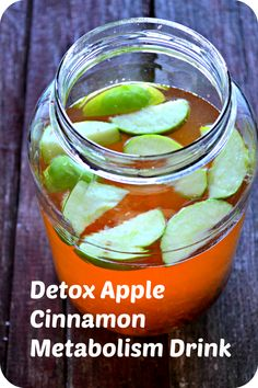 Cinnamon Metabolism Detox Water Apple Cinnamon Metabolism Water boost energy naturally while burning calories.Apple Cinnamon Metabolism Water boost energy naturally while burning calories. Healthy Detox, Healthy Drinks, Healthy Water, Smoothie Detox, Smoothies, Cleanse Detox, Body Cleanse, Apple Detox, Natural Detox Drinks