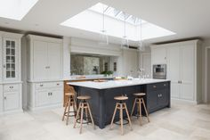What Is Really Happening With Open Plan Kitchen Diner 00022 - homeknicknack Kitchen Diner Extension, Open Plan Kitchen Diner, Open Plan Kitchen Living Room, Kitchen Family Rooms, New Kitchen, Kitchen Dining, Layout Design, Küchen Design, Diy Kitchen Decor
