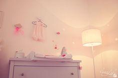 La jolie chambre bébé de Zoé - rose, pink, baby room, chambre bébé, déco, étoile, star, lumière, light